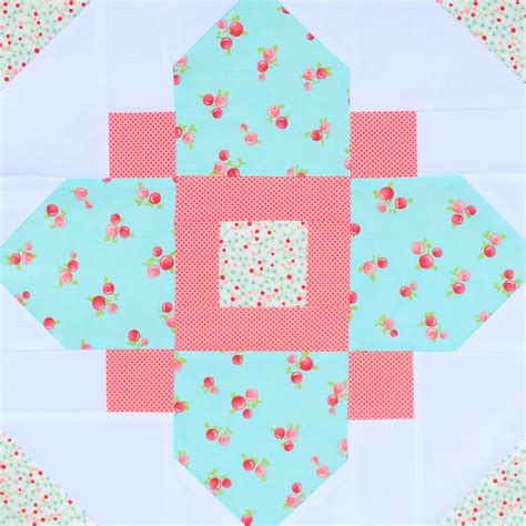 pattern for quatrefoil quilt block editorial report our top block patterns of 2016 seams