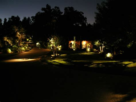 beverly park landscape lighting by artistic illumination