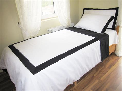 Queen White Duvet Cover With Black Border On Top 4 Pcs Black