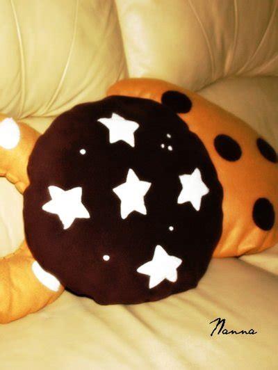 cuscini a forma di biscotto tris cuscini biscotto per la casa e per te decorare
