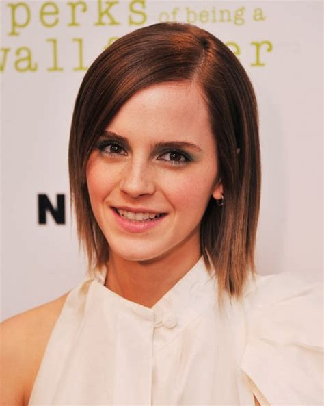 does short straight and slightly layered hair look good emma watson layered razor haircut for short hair