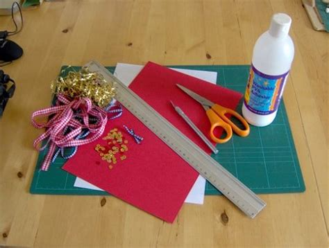 Using Paper To Make Things - crafts how to make a box
