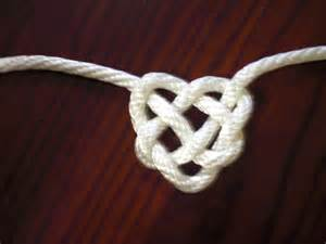 How To Make Cool Knots - day 10 tie a complicated knot novice du jour