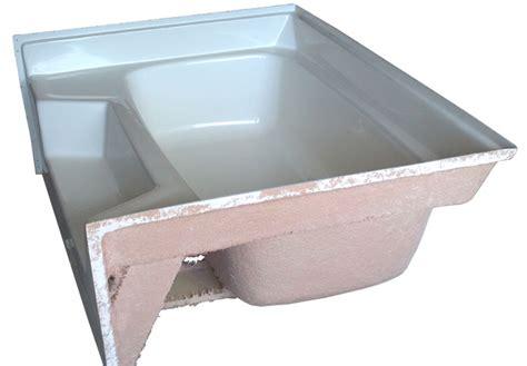 modular home bathtubs comfortable mobile home bathtub images bathtub for bathroom ideas lulacon com