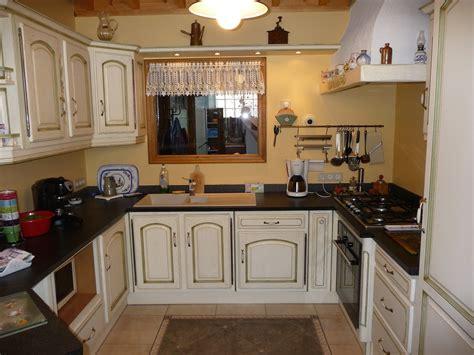modele de cuisine provencale modele cuisine provencale jaune cuisine id 233 es de
