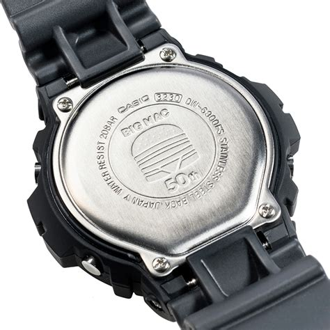 Harga Reebok X Vetements jam tangan g shock x mcdonald s edisi big mac snobkultur