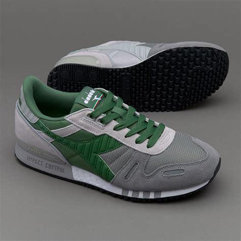 Sepatu Merk Sneakers sepatu sneakers diadora titan ii grey