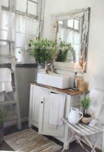 Country Home Bathroom Ideas 25 Best Ideas About Small Country Bathrooms On Pinterest