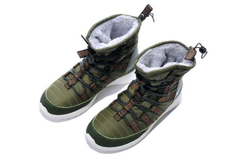 nike snow running shoes discount nike roshe run army green snow boots shoes