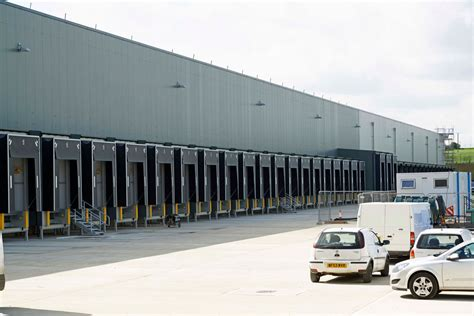 ware house shoes isd builds aldi s new distribution centre netmagmedia ltd