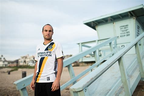 The Turn Out For The The La Galaxy Vs Chelsea Fc Match by Where To Find La Galaxy Vs Orlando In Landon Donovan S