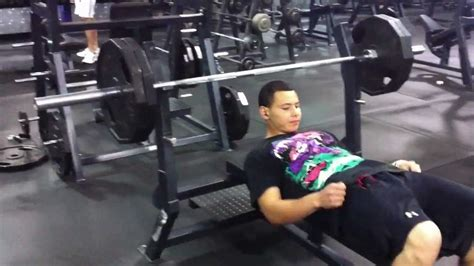 old bench press 15 year old bench pressing 225lbs 15 times youtube