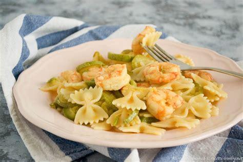 cucinare la pasta con il bimby pasta zucchine e gamberi bimby ricette bimby