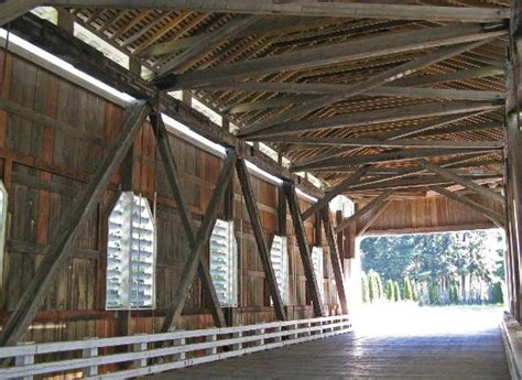 Cottage Grove Covered Bridge Tour Route by Lake Dorena Foto De Cottage Grove Covered Bridge Tour