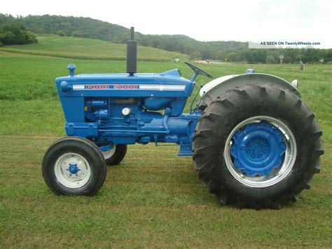 Traktor Lackieren Anleitung by The Ford 5000 Was A Blue And White Tractor In Production