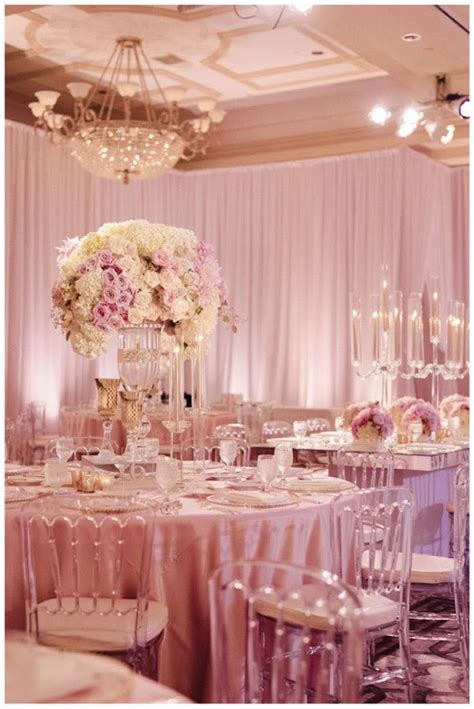 Floral Wedding Decorations by Extravagant Wedding Floral Centerpieces Modwedding