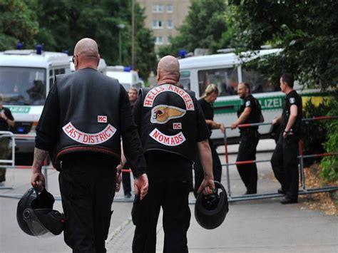 Hells Angels Motorrad Kennzeichen by Bayern Verbietet Rockergruppen Symbole