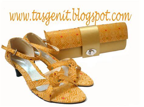 Sepatu Wanita Flatshoes Selop Pita Cantik Hijau set matching tas pesta songket gold kunci dan sepatu