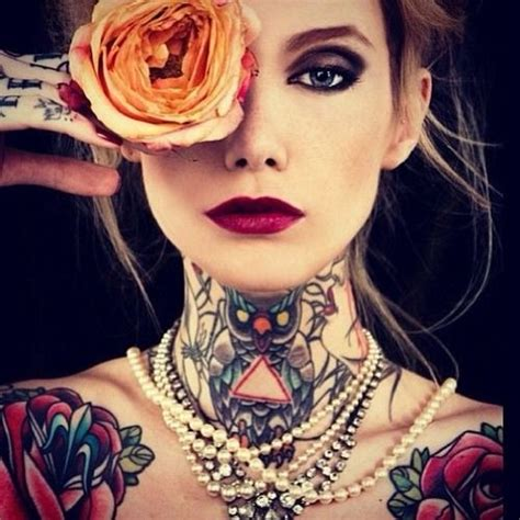 beautiful women with tattoos with tattoos cool tattoos