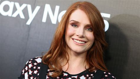 alice eve jurassic world jurassic world actor bryce dallas howard joins matthew
