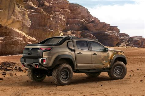 chevy colorado gm u s army unveil chevrolet colorado zh2 fuel cell