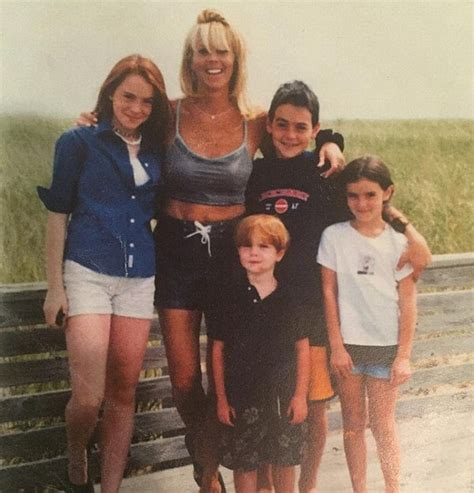 Lindsay Lohans Family Out Pumpkins For by Lindsay Lohan Siblings The All Family A Look