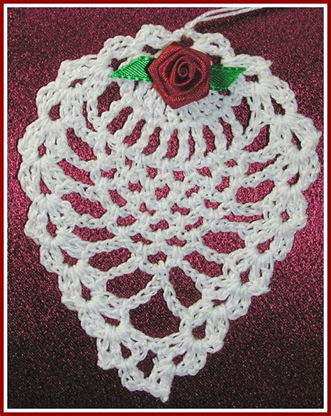crocheted christmas tree ornaments patterns crochet club