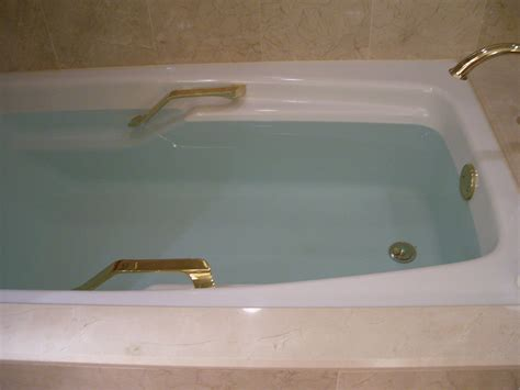 aquatic bathtub why is the bathtub water blue meredith p flickr
