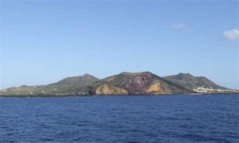 windfinder porto empedocle orari traghetti delle isole linosa