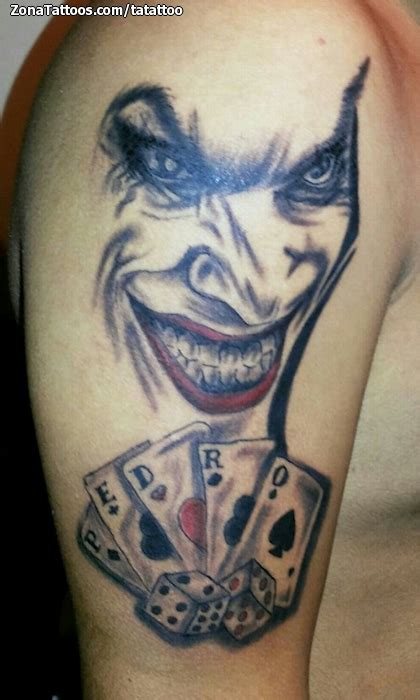 joker tattoo en el brazo tatuaje de joker naipes dados