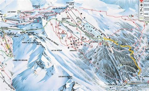 La Thuile Ski Holidays   La Thuile Italy   Crystal Ski