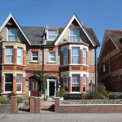 Marden Guest House Hotel Weymouth Low Rates No Booking The House Weymouth