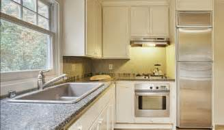 Simple L Shaped Kitchen Designs Simple Kitchen Design For Very Small House Kitchen