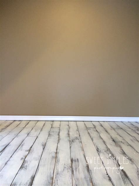 Photography Backdrops And Floors by Ada Michigan Baby Photographer New Studio Space