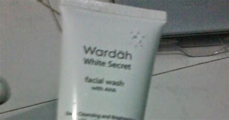 Wardah Wash Secret review wardah white secret wash with aha la