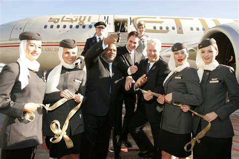 Cabin Crew Etihad Airways etihad airways and cabin crew world stewardess crews