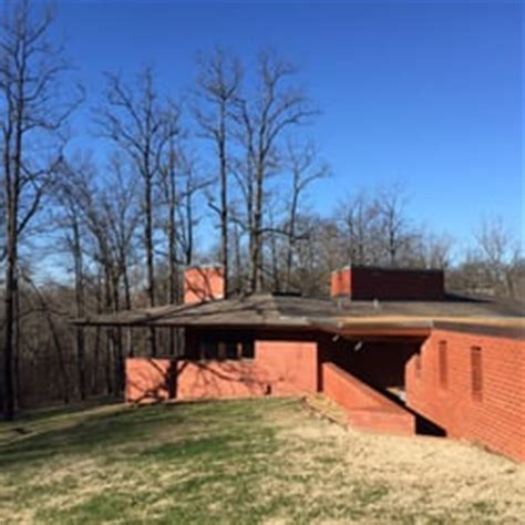 frank lloyd wright ls stained glass frank lloyd wright house in ebsworth park 12 photos