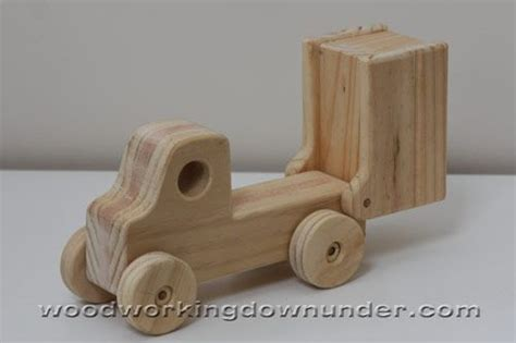wooden truck plans  plans fun  build wooden toy