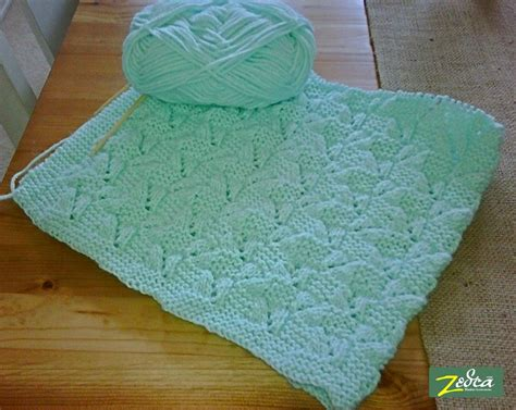 Free Patterns Bernat Baby Blanket Yarn by Free Knitting Patterns For Baby Blankets Home Baby