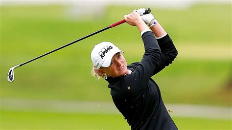 swinging skirts golf leaderboard stacy lewis leads lpga tour s swinging skirts classic