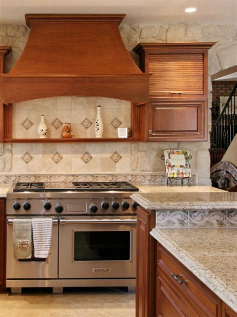 Tile Backsplash Kitchen Pictures by Kitchen Backsplash Design Ideas And Kitchen Tile Picture