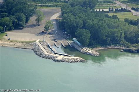 boat finder pa east avenue boat launch in erie pennsylvania united states