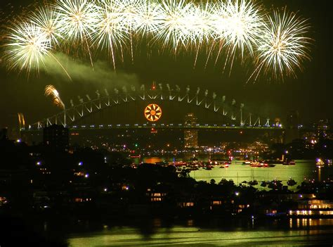 new year celebrations newcastle nsw nye heritage cruise to sydney fireworks canberra