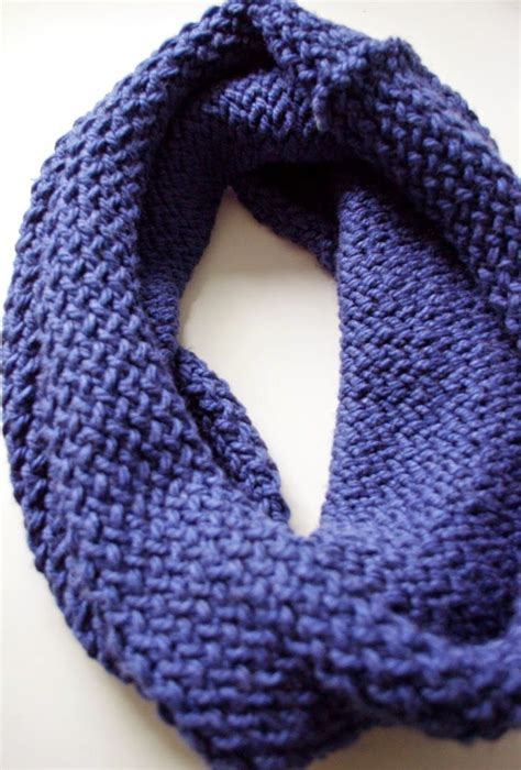 easy knitted infinity scarf mais de 1000 ideias sobre loom knitting scarf no