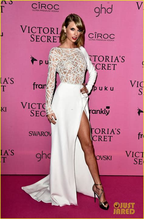 12th Annual Victorias Secret Fashion Show Pink Carpet With Hayden Panettiere by S 4 2014 S Secret Fashion Show