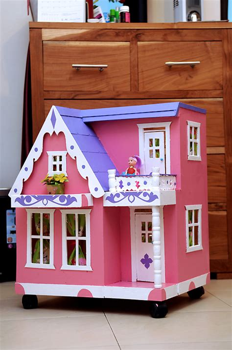 Buku Stiker Rumah Boneka rumah boneka uk b mainan kayu