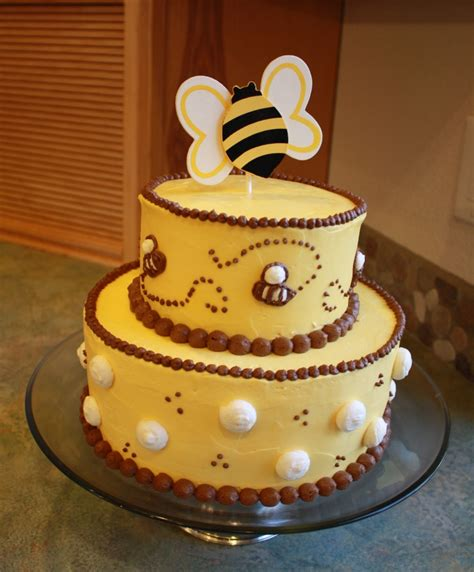 Bumble Bee Cakes For Baby Shower by Cakes 2 Tier Bumble Bee Cake For Baby Shower