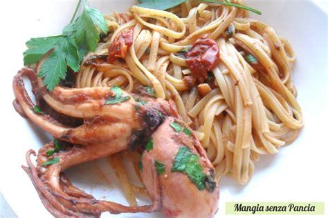 come cucinare il moscardino trenette al sugo di moscardini ricetta leggera mangia