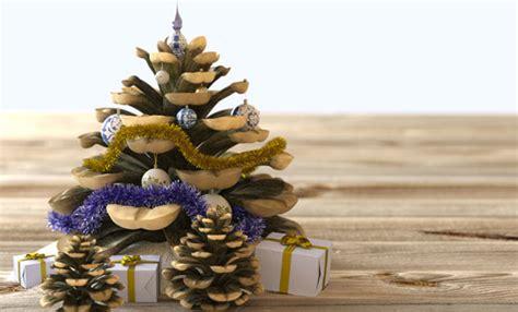 decorare pigne x natale albero di natale con le pigne un idea originale per