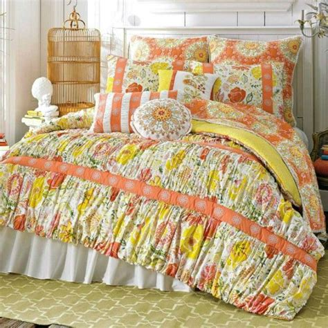 comforter storage ideas 17 best images about cool ideas bedroom on pinterest